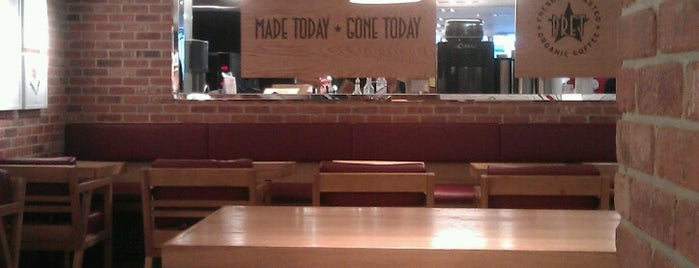 Pret a Manger is one of Beme lunch spots.