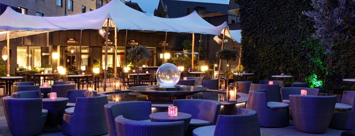 Crystal Lounge at Sofitel Brussels Le Louise is one of Les bars de Steph G..