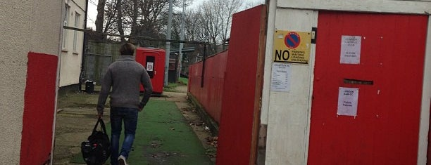 Old Spotted Dog is one of Football grounds in and around London.