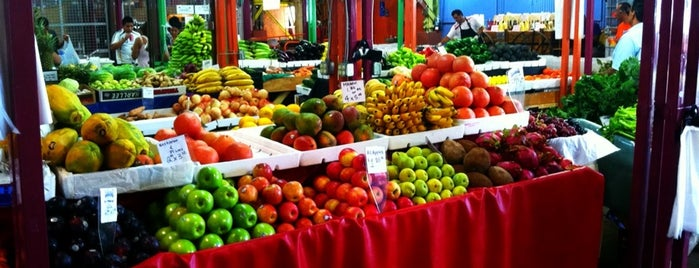 Yellow Green Farmers Market is one of Vegetarian and Veggie Friendly.