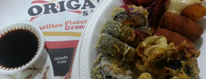 Origami Sushi is one of Lugares.