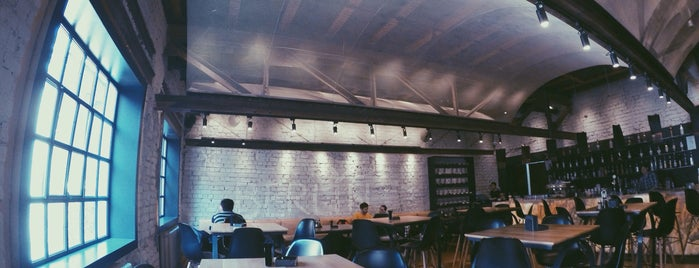 Alt Shift is one of Chill places.