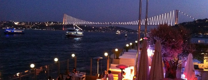 Suada Club is one of Istanbul Alaturca.