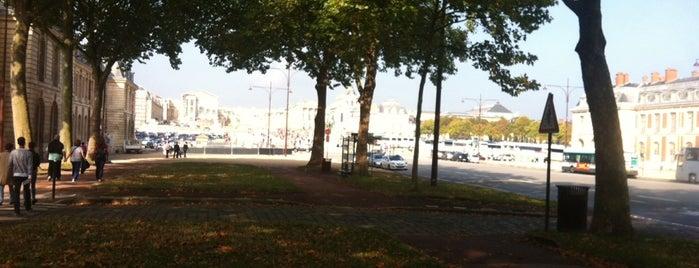 Office de Tourisme de Versailles is one of Paris.