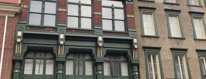 Old Original Bookbinder's is one of Restaurants.