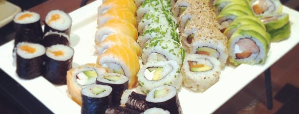 Sushi House is one of Restaurantes, Bares, Cafeterias y el Mundo Gourmet.