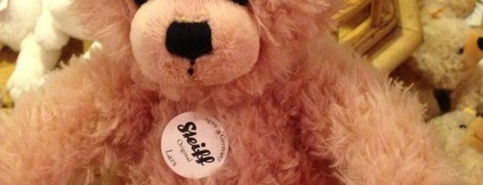 Der Teddybär Toyshop is one of Walt Disney World - Epcot.