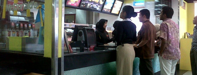 McDonald's is one of Sukabumi, where the foods are the best :9.