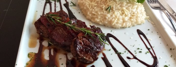 La Bocca Bar & Trattoria is one of RIO - Restaurantes.