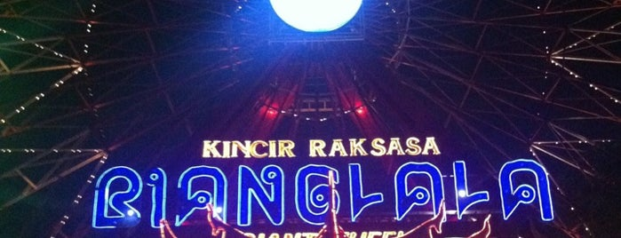 Wahana Kincir Raksasa Bianglala (Giant Wheel) is one of SHASYA ACTIVITY.