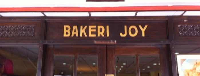 Bakery Joy is one of Top favorites cafes/restaurant worth going often..