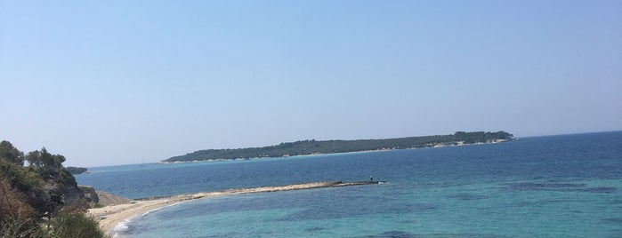 JEO BEACH PİSSA is one of İzmir.