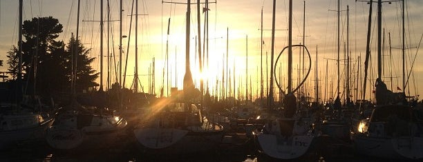 Encinal Yacht Club is one of Bay Area Yacht Clubs.