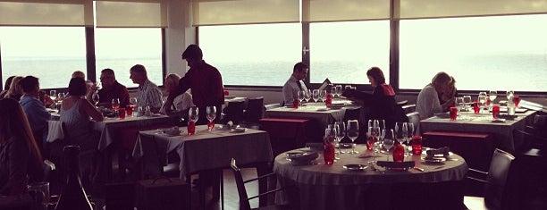 Nau dos Corvos is one of Restaurantes a Visitar.