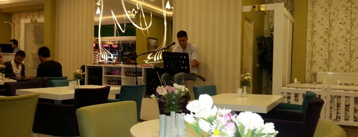 Maya Bistro is one of Konya'da Café ve Yemek Keyfi.