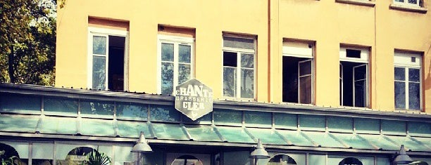 Chante Brasserie Cler is one of Lyon.