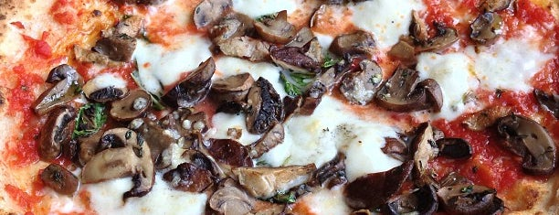 Spacca Napoli Pizzeria is one of Restaurants-I've-tried.