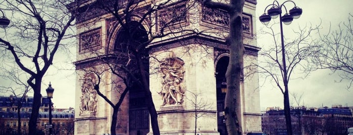 Place Charles de Gaulle is one of Remarque'able Places. Paris..