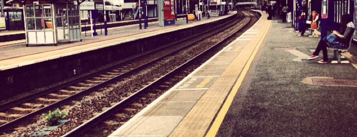 Harpenden Railway Station (HPD) is one of Best places in Harpenden, UK.