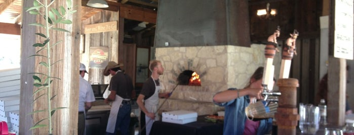 Stanley's Farmhouse Pizza is one of Austin.