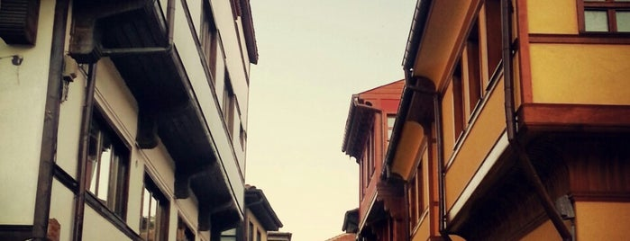 Odunpazarı Evleri is one of sevdiğim mekanlar.