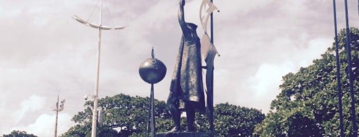 Monumento de Cristóvão Colombo is one of Santos Cultural.