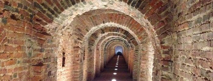 Потерна в Государевом бастионе Петропавловской крепости is one of Интересное в Питере.