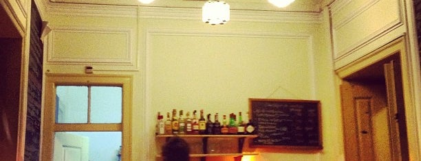 Casa Independente is one of Startup lisboa city guide: foods & drinks.