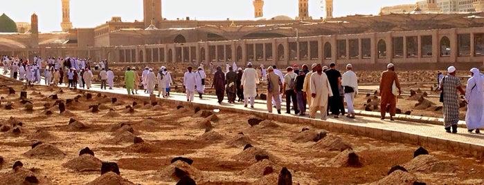 Cennet-ul Bakî is one of Holy Places & Sites of Region Hejaz.