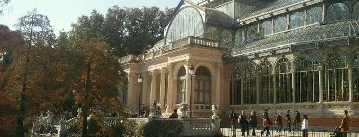 Palacio de Cristal del Retiro is one of Conoce Madrid.