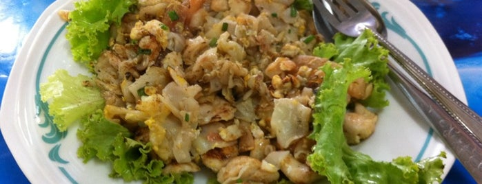 ยอดสุกี้. ทิพวัล แห้ง/น้ำ ก๋วยเตี๋ยวคั่ว is one of Must-visit Food in เทพารักษ์.