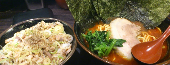 麺屋 だるま is one of 兎に角ラーメン食べる.