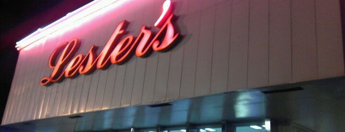 Lester's Diner is one of The 15 Best Places with Good Service in Fort Lauderdale.