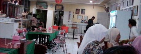 Tanjung Restaurant is one of Must-visit Food in Kupang.