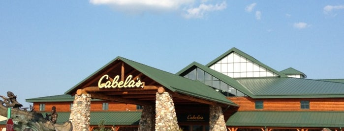 Cabela's is one of Expendables 2.