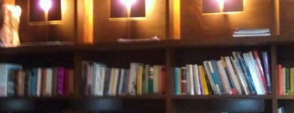 Vino e Libri is one of Berlin.