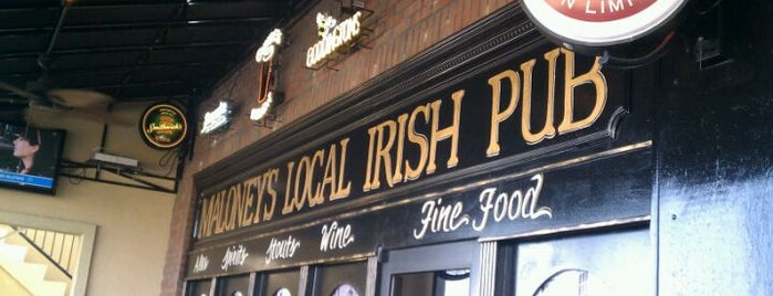 Maloney's Local Irish Pub is one of Рестораны.