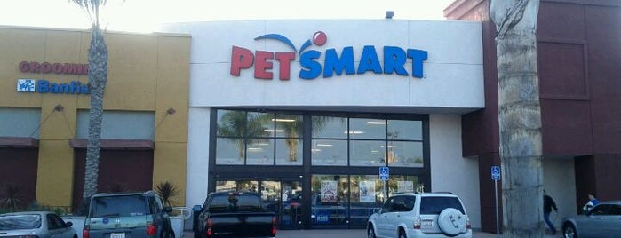 PetSmart is one of Locais curtidos por Alejandro.