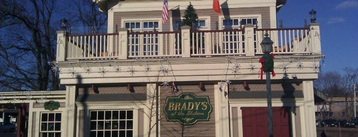 Brady's At The Station is one of NJ To Do.