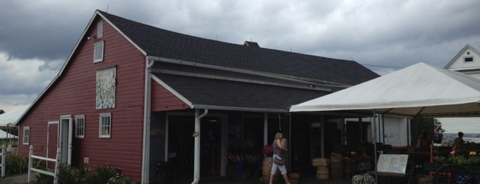 Rosedale Farms & Vineyards is one of Connecticut Farm Wineries 2012 Passport.