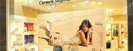 Carmen Steffens is one of Shopping Uberaba.