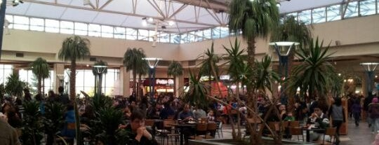 Patio de Comidas Mall Florida Center is one of Lugares :).