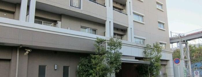 フローラルガーデン is one of 武蔵小杉再開発地区.