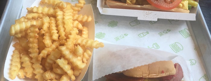 Shake Shack is one of Burger London.