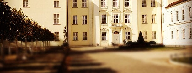Schloss Köpenick is one of BERLIN ist entspannt.