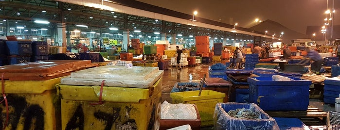Jurong Fishery Port is one of OFFICE VOL.2.