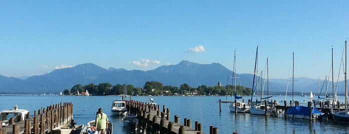 Chiemsee is one of München.