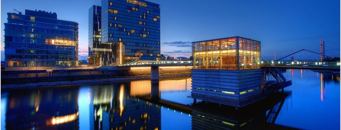Hyatt Regency Düsseldorf is one of yas's choice.
