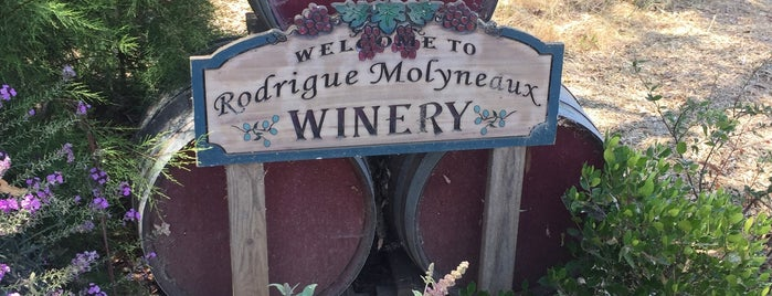 Rodrigue Molyneaux Winery is one of Meet the Winemakers Trail.