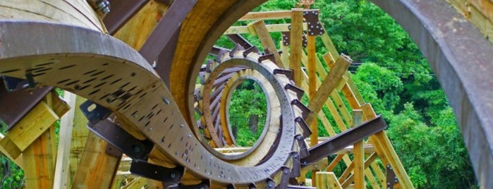 Silver Dollar City is one of Top 10 favorites places in Branson, MO.